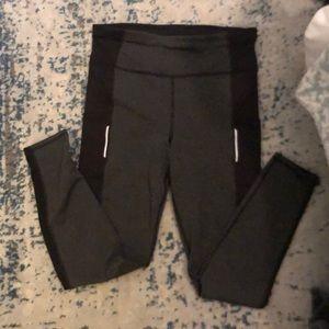 Danskin medium leggings with pockets!